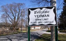 Yeoman, IN
