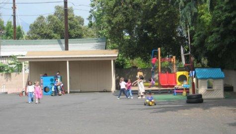 Hillcrest Montessori School, Pasadena