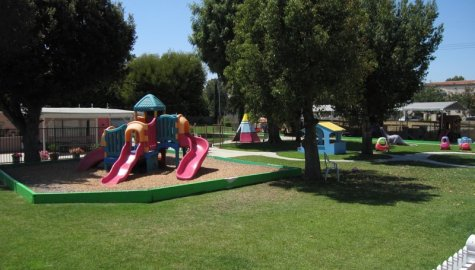 Rossmoor Children's Center, Los Alamitos