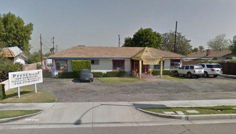 Miss Muffet's Playhouse, Anaheim