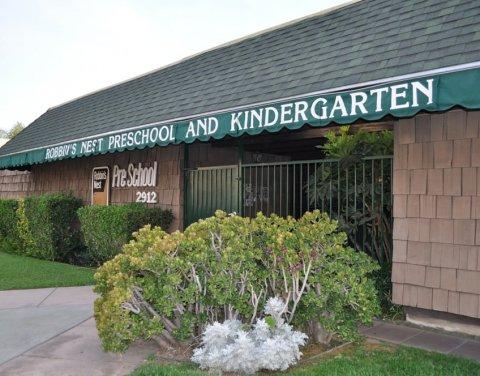 Robbin's Nest Preschool and Kindergarten, La Crescenta