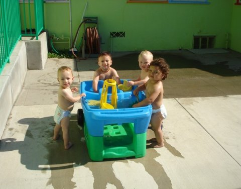 Learning Stars Infant Care & Preschool, Glendale