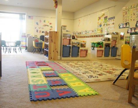 Tian Hung Zhang Family Child Care, Clarksburg